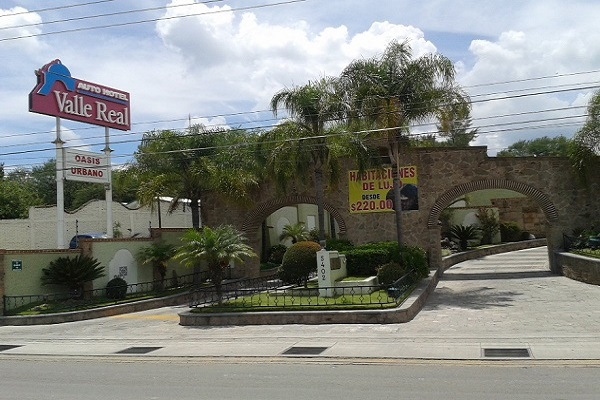 auto hotel valle real
