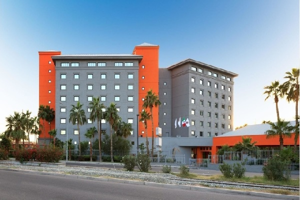 crowne-plaza-mexicali-hoteles-en-mexicali