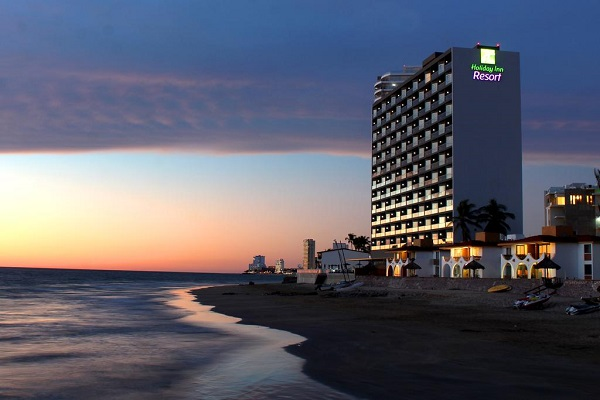 holiday-inn-resort-mazatlan-hoteles-en-mazatlan