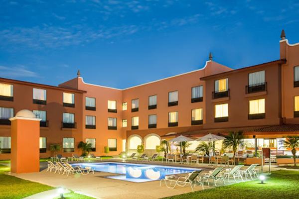 hotel-fiesta-inn-celaya-hoteles-en-juventino-rosas